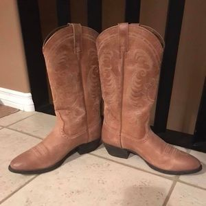 Ariat Women's Mangolia Western - Cowgirl Boots